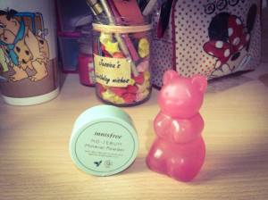 Innisfree mineral powder and skinfood gummy bear handgel in raspberry